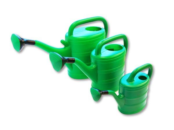 Gießkanne Retro aus Kunststoff in Grün mit Brause und Längsbügel 2-10 Liter