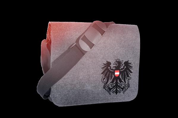 """Filz-Schultertasche """"Söll"""" mit Österreich Wappenadler"""